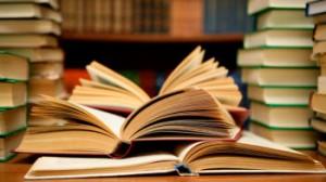 در هفته کتاب آیین نامه نشر بین الملل کتاب در دانشگاه صنعتی امیرکبیر در راستای اقتصاد مقاومتی تصویب شد