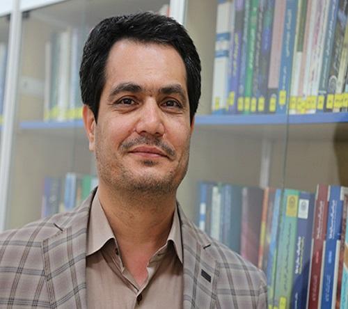 رئیس مرکز نشر دانشگاه صنعتی امیرکبیر: ا ارائه حمایتهای مادی برای انتشار کتابهای انگلیسی در سطح بین الملل در دستور کار دانشگاه صنعتی امیرکبیر قرار دارد.